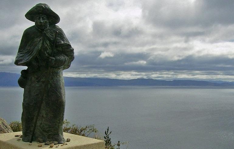 Pilgerstatue am Kap Finisterre