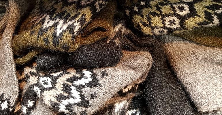 Isländischer Pullover
