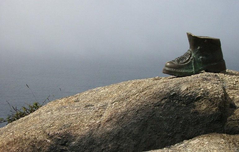 Schuh am Kap Finisterre