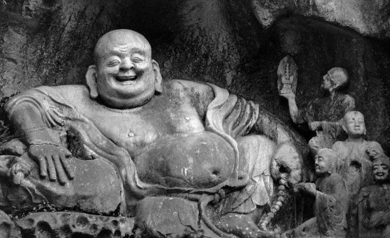 Der lachende Buddha im Kloster Lingyin, China