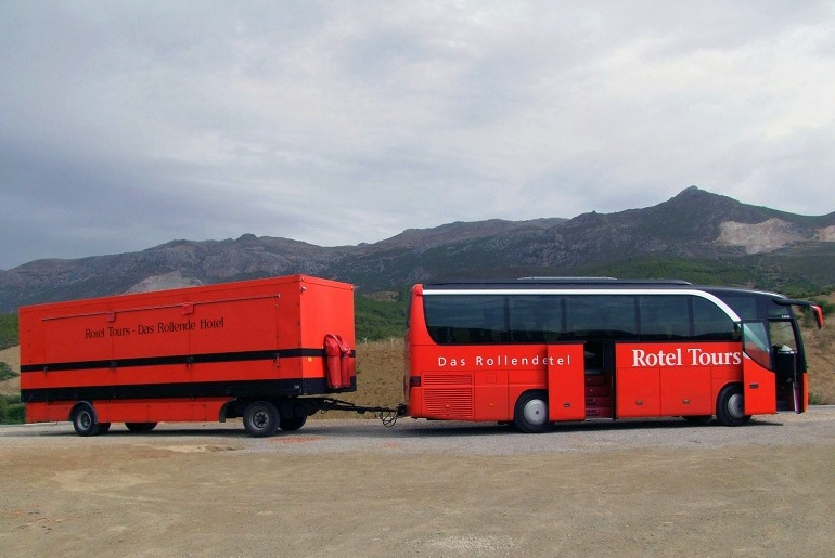 Rotel-Bus