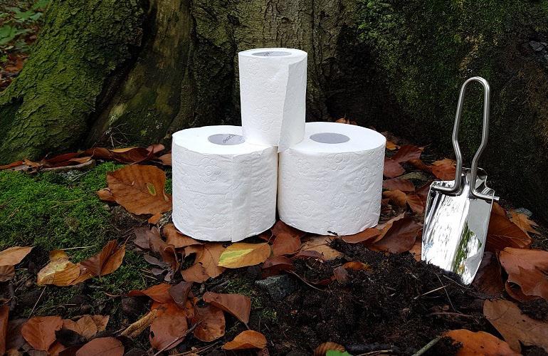 Outdoor-Hygiene: Toilettengang
