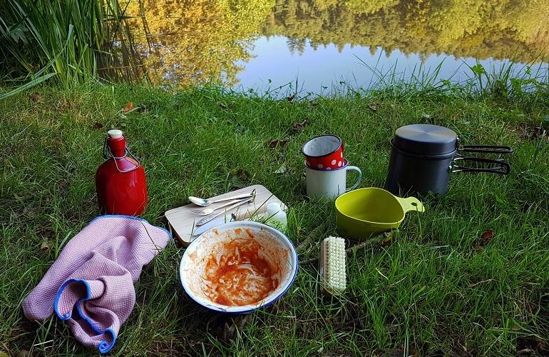 Outdoor-Hygiene: Geschirr
