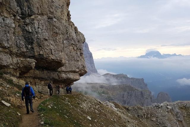 Auf dem Weg zum Felsentunnel